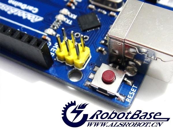 1、开放源代码的电路图设计,程序开发接口免费下载,也可依需求自己修改; 2、可以采用USB接口供电,也可以外部供电,双向选择; 3、Arduino支持ISP在线烧写,可以将新的bootloader固件烧入ATmega168或ATmega328芯片。有了bootloader之后,可以通过USB更新程序; 4、可依据官方提供的Eagel格式PCB和SCH电路图,简化Arduino模组,完成独立运作的微处理控制。可简单地与传感器,各式各样的电子元件连接(EX:红外线、超音波、热敏电阻、光敏电阻、伺服舵机等)